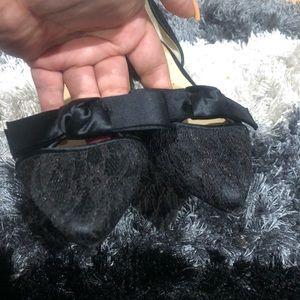 Ivanka Trump Shoes - Ivanka trump super cute  pointy lace bow flats